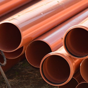plumbing experts in West Palm Beach with pipes
